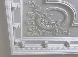 поклейка лепнины в Томске